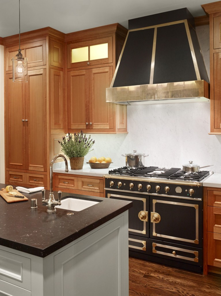 black CornuFe range 767x1024 New Remodel: Marrying Traditional & Modern Style in Small Home